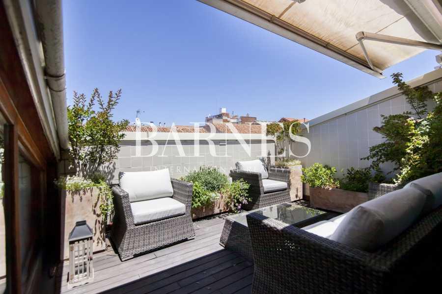 Madrid  - Piso 4 Cuartos 3 Habitaciones