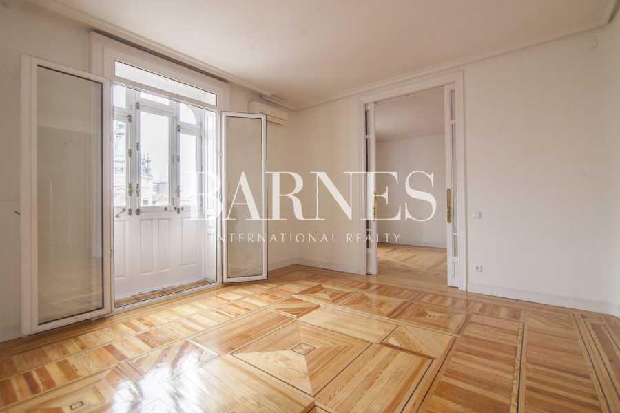 Madrid  - Piso 7 Cuartos 6 Habitaciones