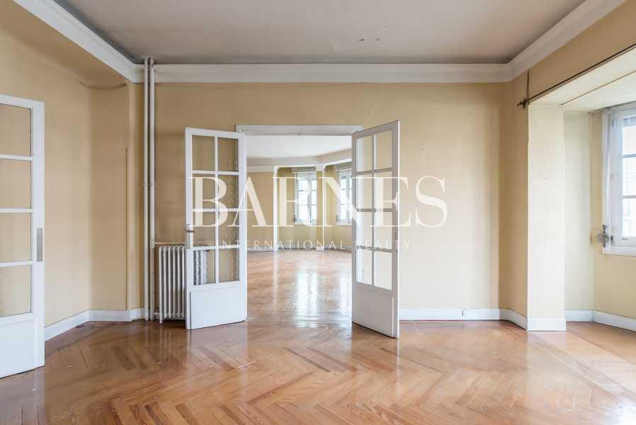 Madrid  - Piso 13 Cuartos 5 Habitaciones