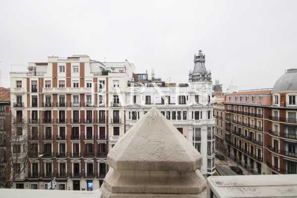 Madrid  - Apartment 6 Bedrooms