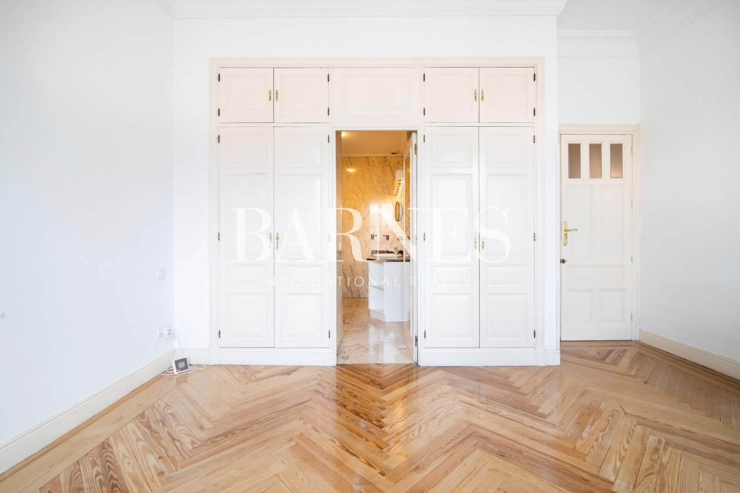 Madrid  - Apartment 4 Bedrooms - picture 13