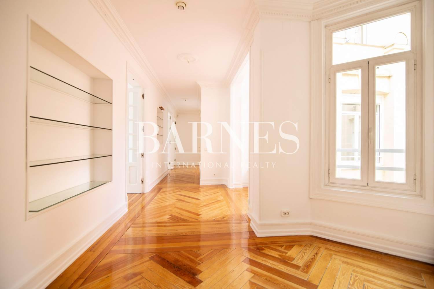 Madrid  - Apartment 4 Bedrooms - picture 5