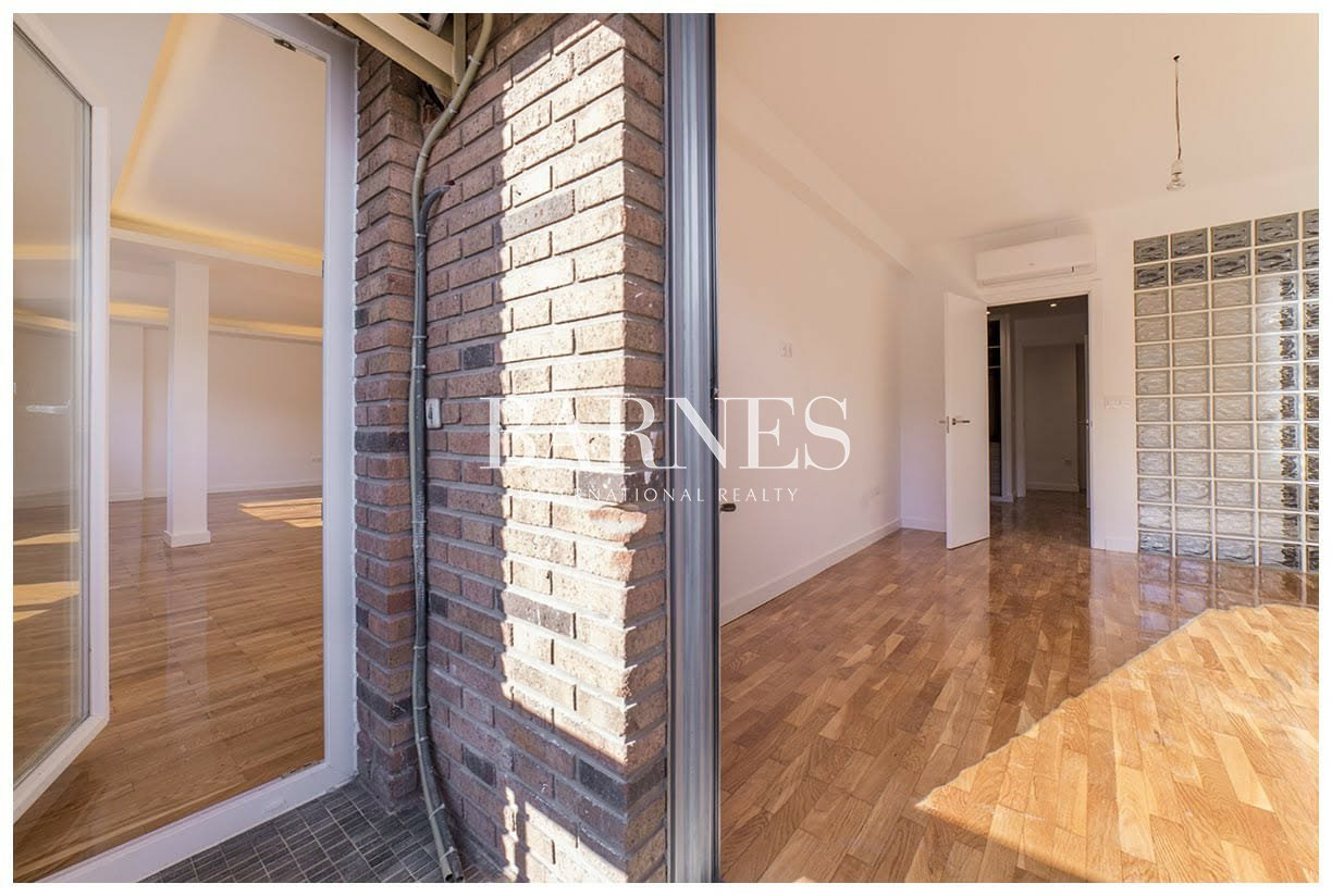 Madrid  - Apartment 5 Bedrooms - picture 14