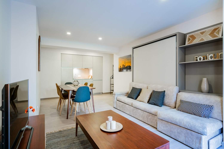 Madrid  - Piso 6 Cuartos 6 Habitaciones - picture 1