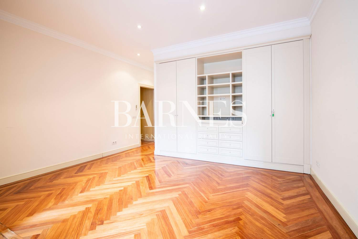 Madrid  - Apartment 4 Bedrooms - picture 19