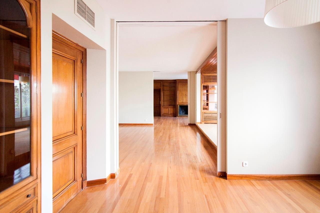 Madrid  - Piso 5 Cuartos 5 Habitaciones - picture 13