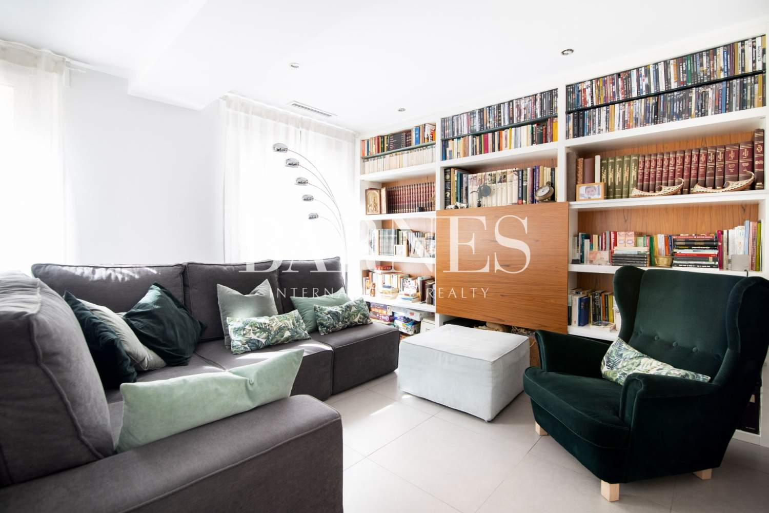 Madrid  - Apartment 3 Bedrooms - picture 2
