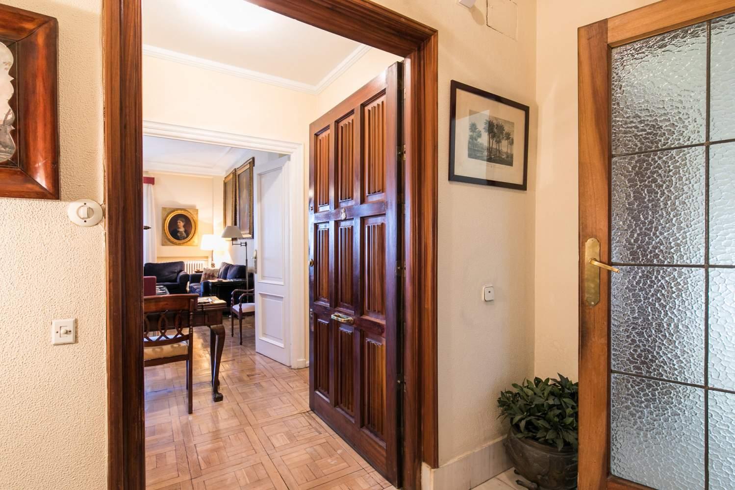 Madrid  - Piso 5 Cuartos 4 Habitaciones - picture 12