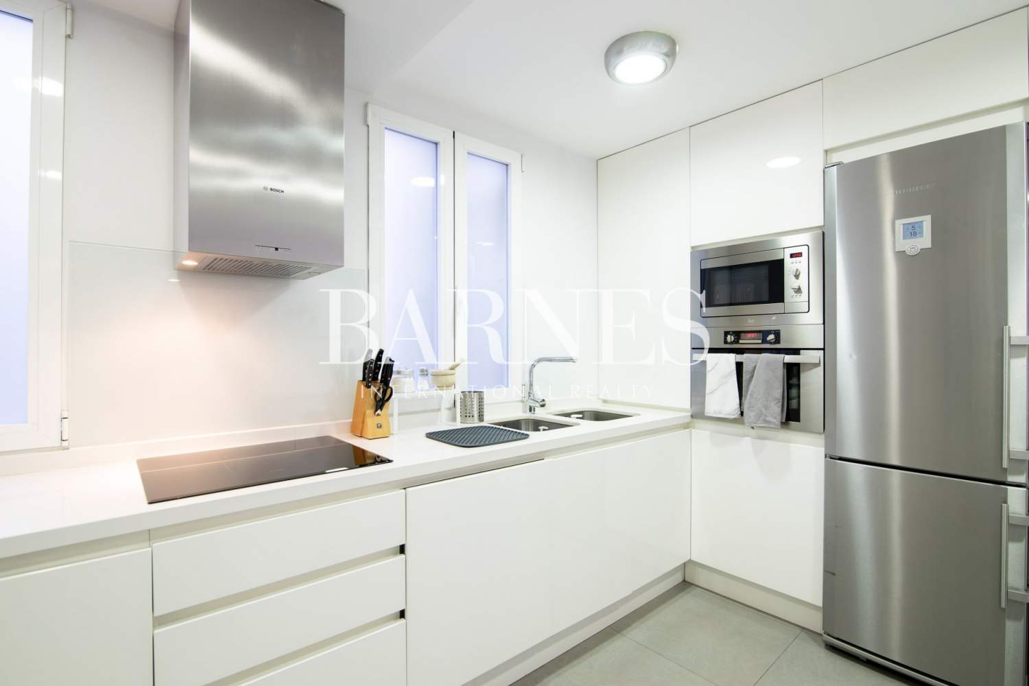 Madrid  - Apartment 3 Bedrooms - picture 8