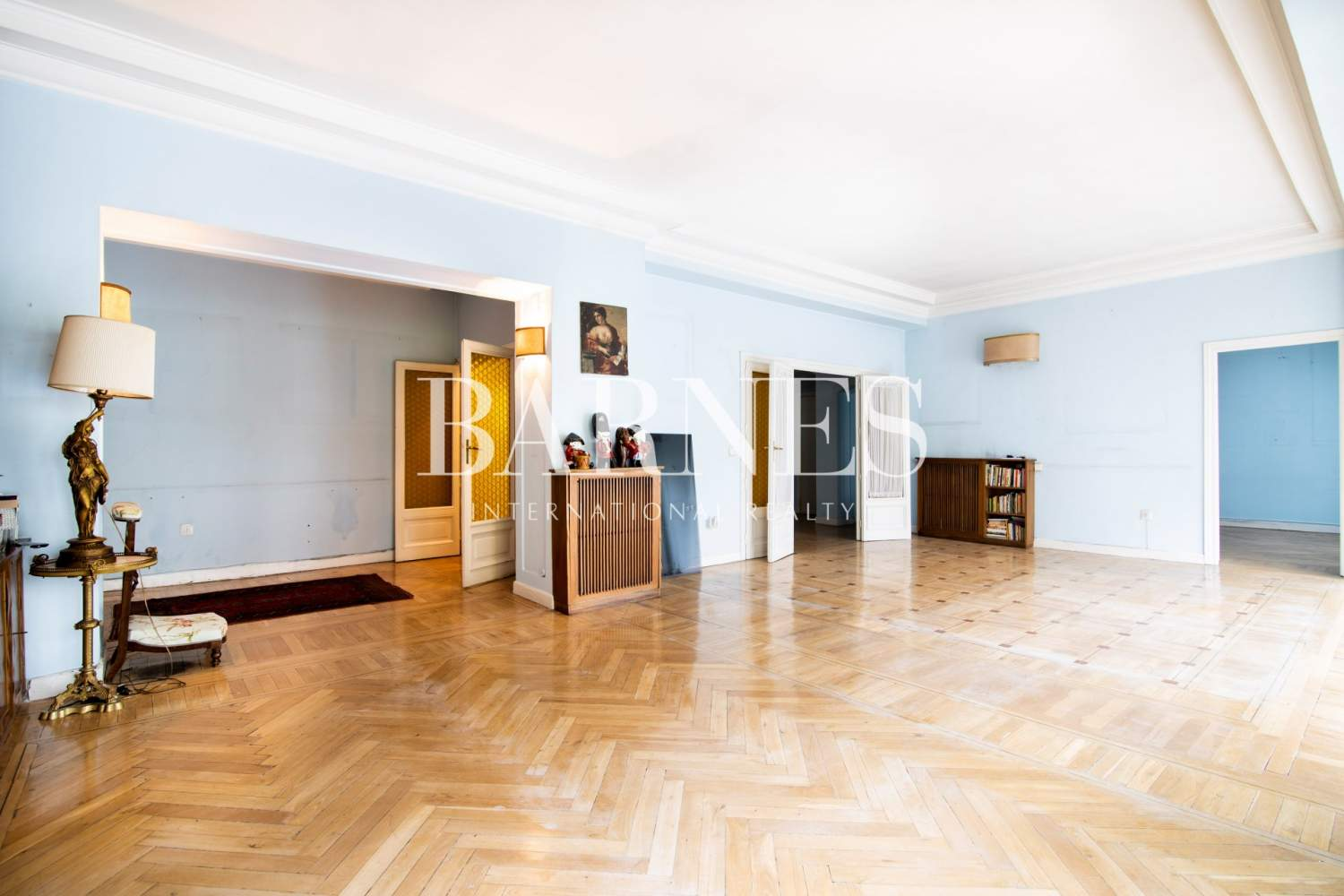 Madrid  - Apartment 5 Bedrooms - picture 4