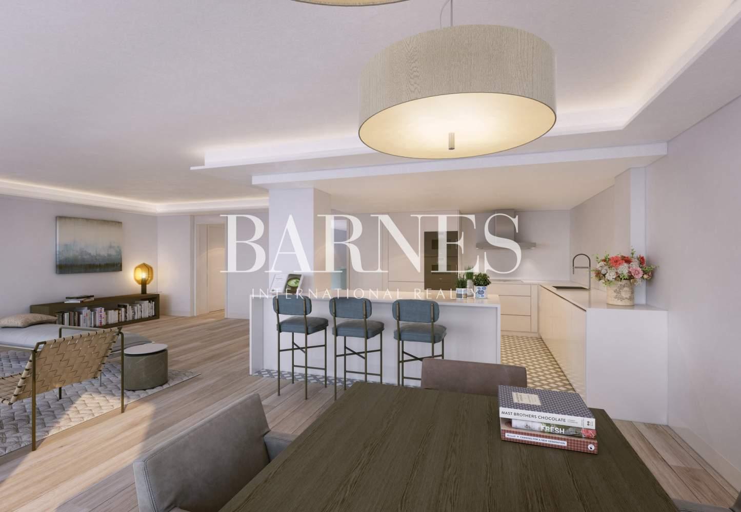 Madrid  - Duplex 3 Bedrooms - picture 2
