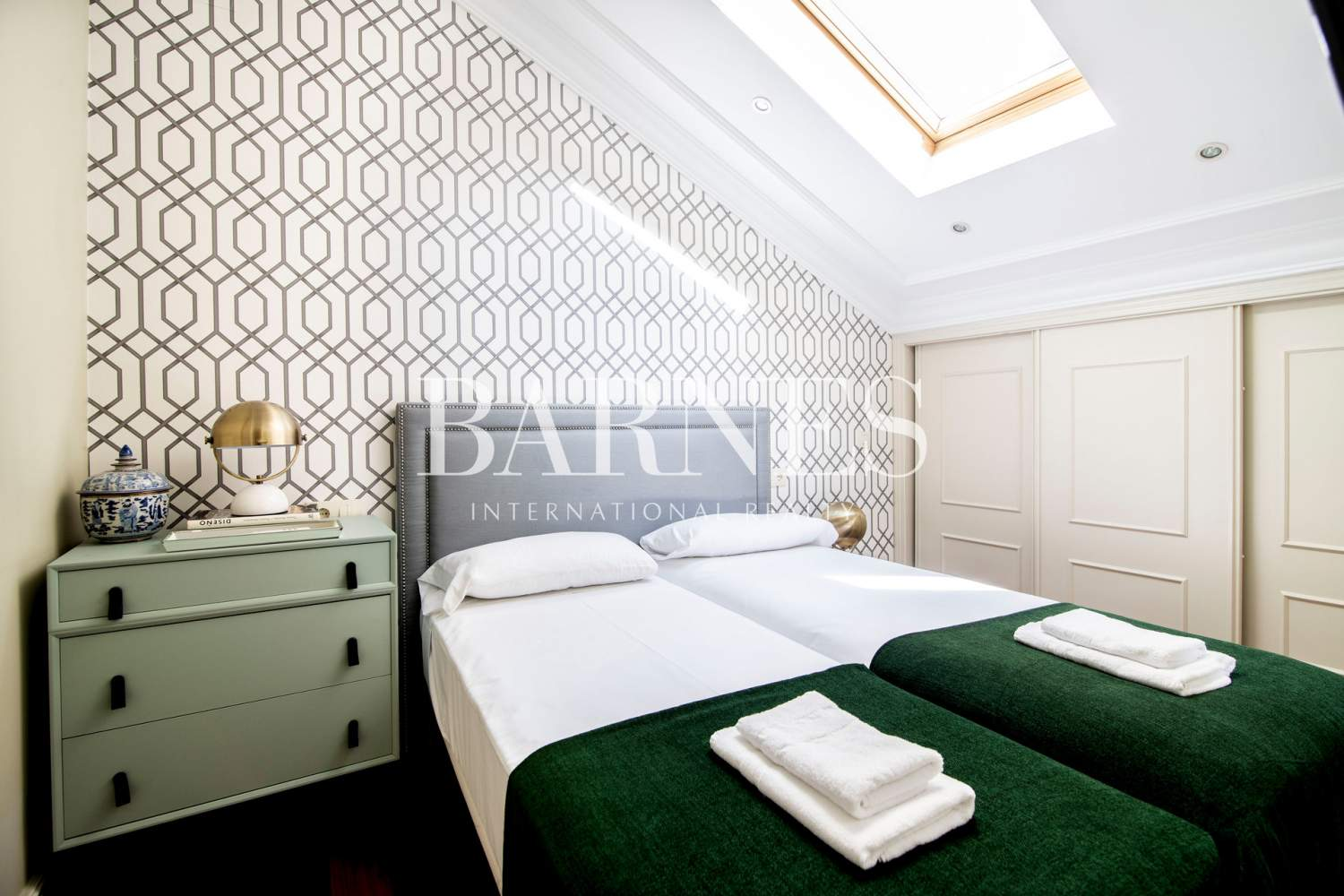 Madrid  - Apartment 2 Bedrooms - picture 11