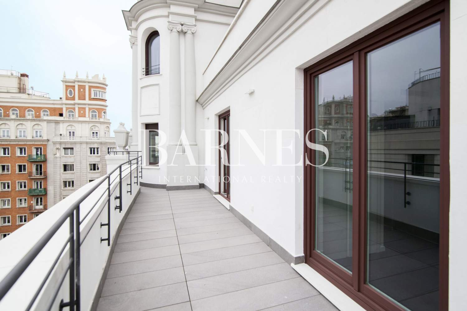 Madrid  - Penthouse 3 Bedrooms - picture 1