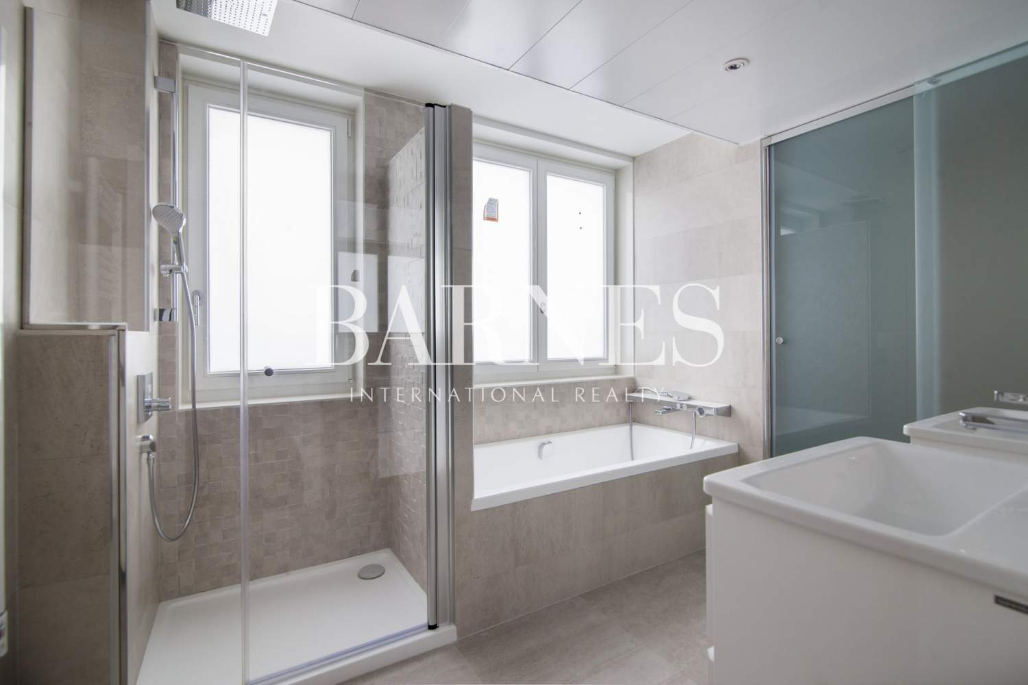 Madrid  - Penthouse 3 Bedrooms - picture 15