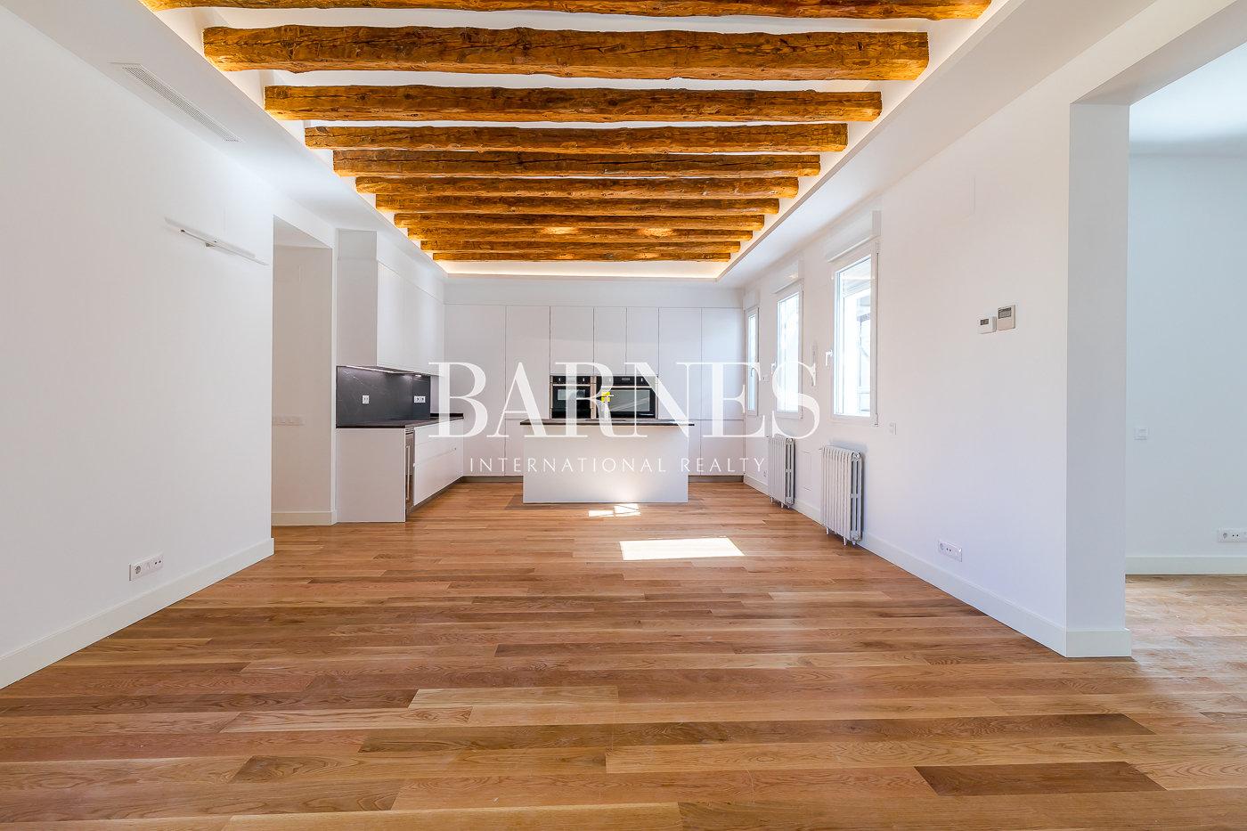 Madrid  - Piso 3 Cuartos 3 Habitaciones - picture 1