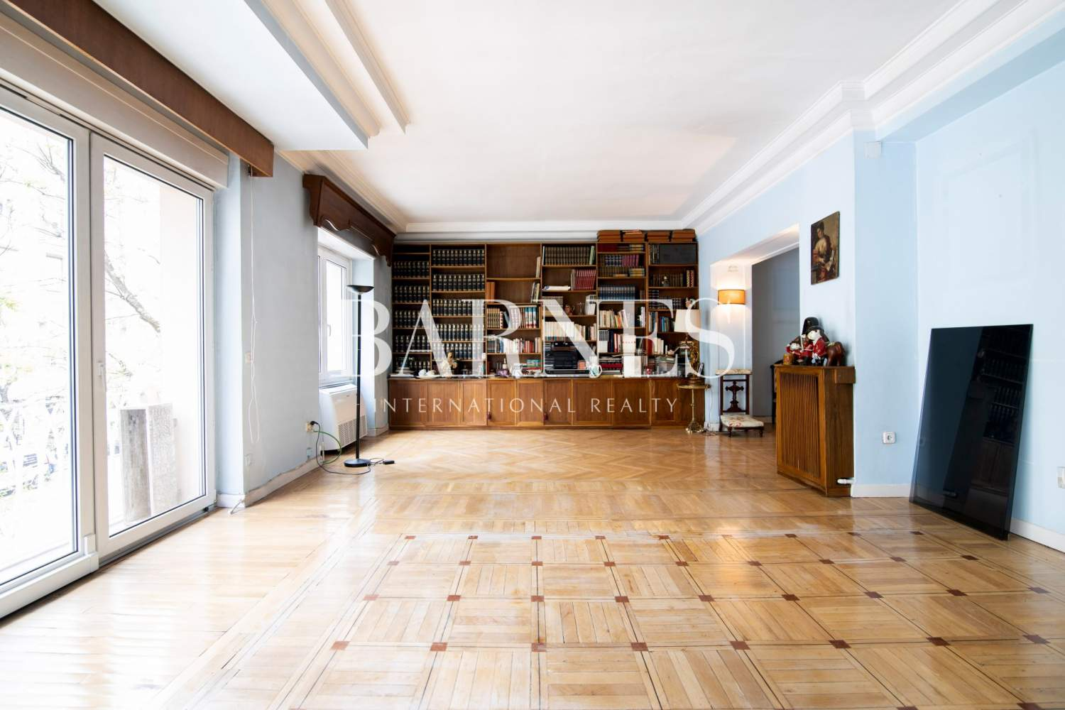 Madrid  - Apartment 5 Bedrooms - picture 1