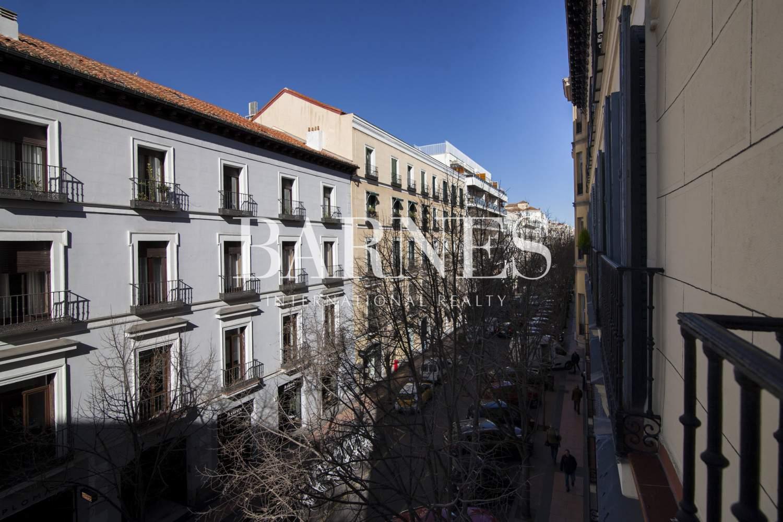 Madrid  - Piso 6 Cuartos 6 Habitaciones - picture 12