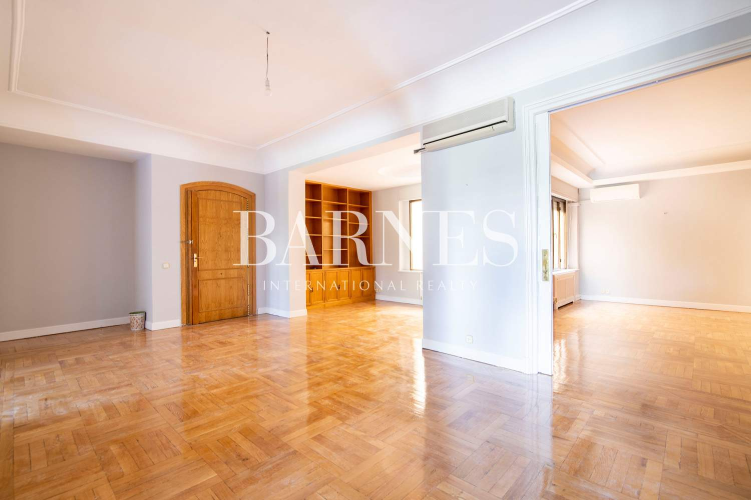 Madrid  - Apartment 5 Bedrooms - picture 7