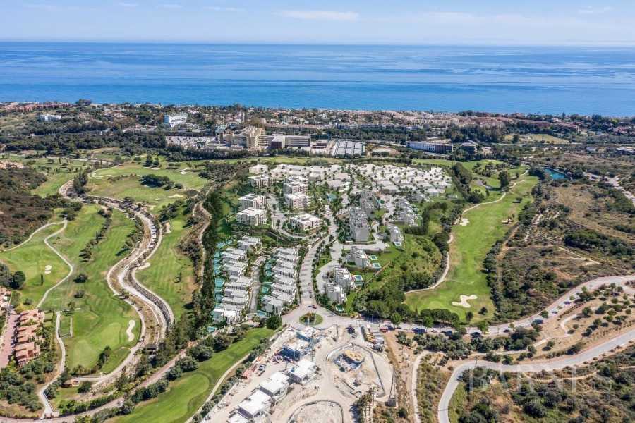Marbella  - Piso 3 Cuartos 3 Habitaciones