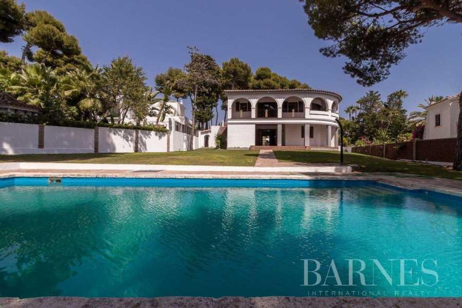 Marbella  - Villa 6 Bedrooms