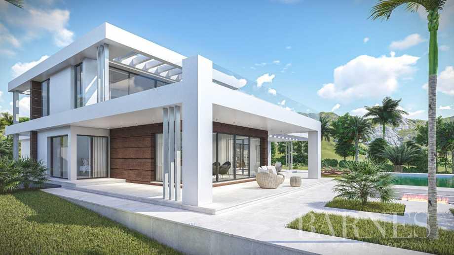 Las Chapas  - Villa 5 Bedrooms