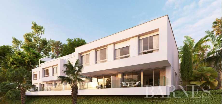 Estepona  - Casa 10 Cuartos 3 Habitaciones