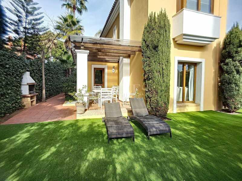 Marbella  - Villa 6 Cuartos 5 Habitaciones