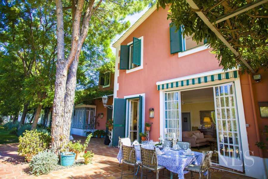 Marbella  - Villa 7 Cuartos 6 Habitaciones