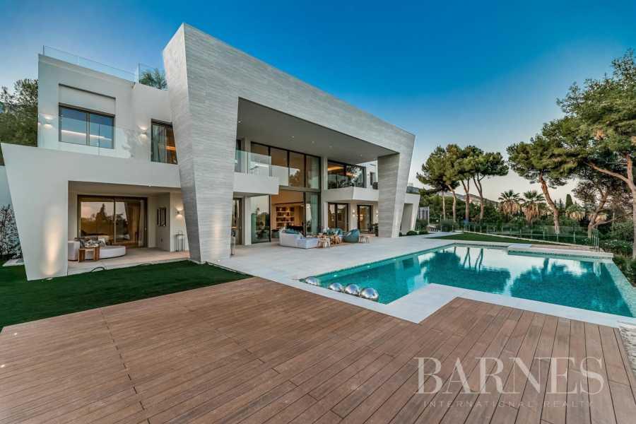 Marbella  - Villa 30 Cuartos 6 Habitaciones