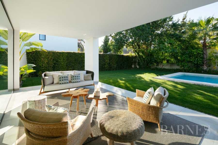 Estepona  - Villa 5 Cuartos 4 Habitaciones