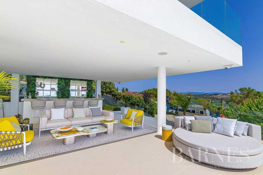 Sotogrande  - Villa 6 Bedrooms