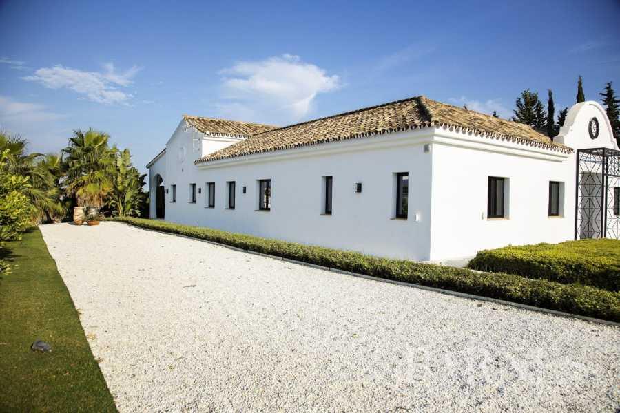 Estepona  - Villa 15 Pièces 5 Chambres
