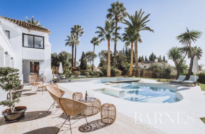 Marbella  - Villa 15 Cuartos 4 Habitaciones