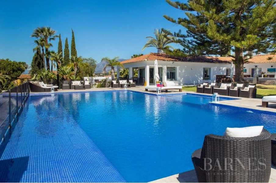 Elviria  - Villa 8 Bedrooms
