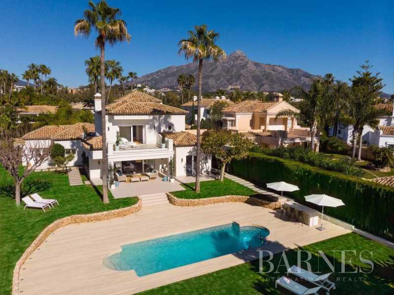 Nueva Andalucia  - Villa 17 Cuartos 4 Habitaciones