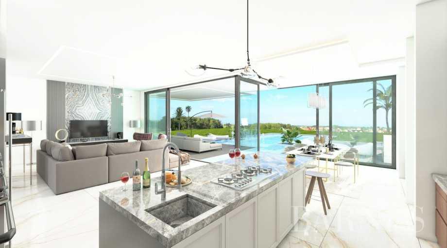 Riviera del Sol  - Villa 10 Cuartos 4 Habitaciones
