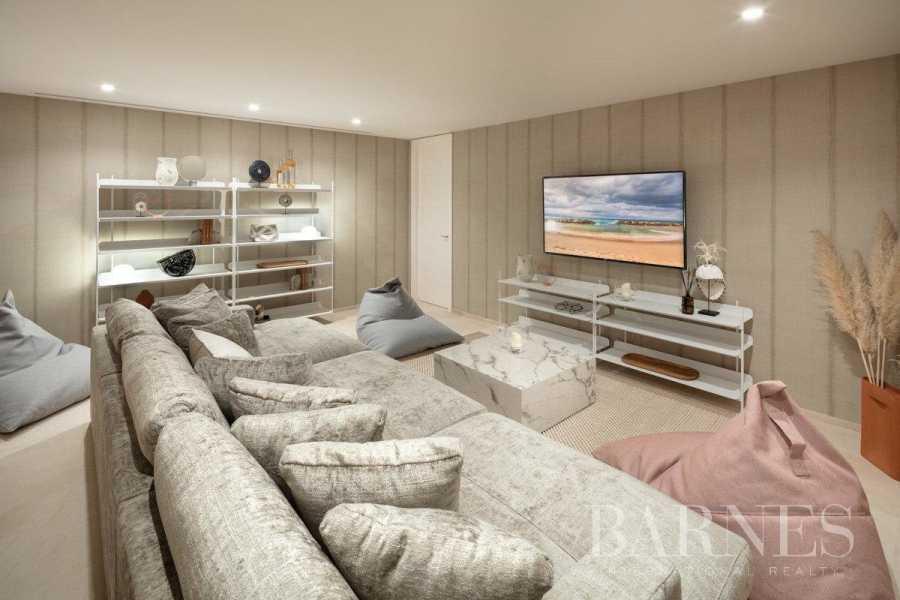 Nueva Andalucia  - Villa 6 Bedrooms