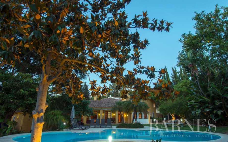 Estepona  - Villa 21 Cuartos 7 Habitaciones