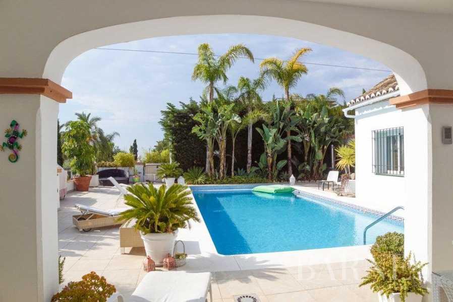 El Paraiso  - Villa 15 Cuartos 5 Habitaciones