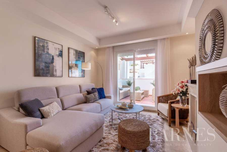 Marbella  - Piso 10 Cuartos 2 Habitaciones