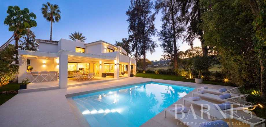 Nueva Andalucia  - Villa 20 Cuartos 5 Habitaciones