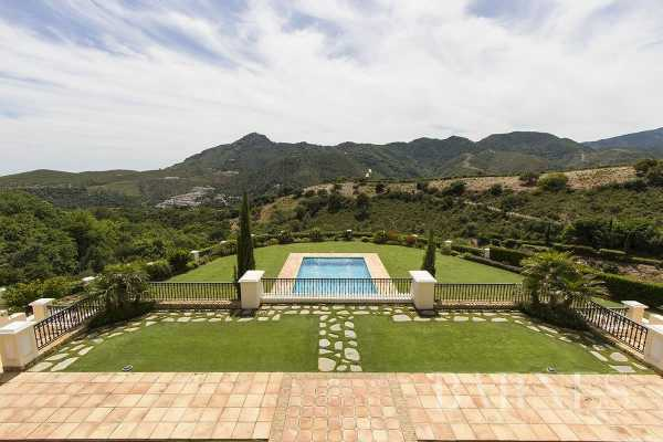 Villa Benahavís  -  ref 4011584 (picture 2)