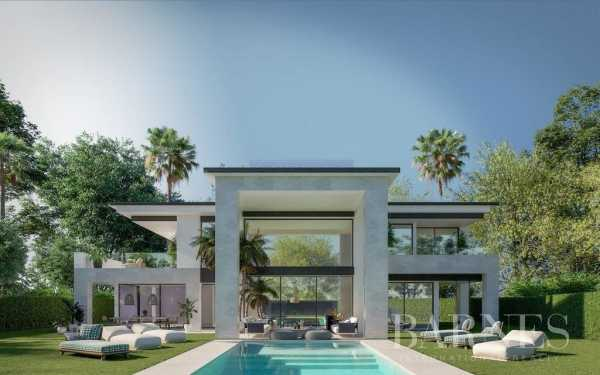 Innovative villa designs located on individual plots in a number of prime location Marbella  -  ref 4243160 (picture 1)