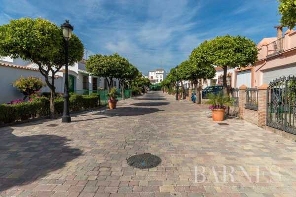 Townhouse Estepona  -  ref 4163323 (picture 2)