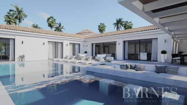 Villa Marbella  -  ref 5502768 (picture 1)