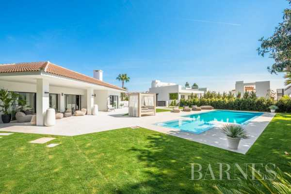 Villa Nueva Andalucia  -  ref 6176782 (picture 1)