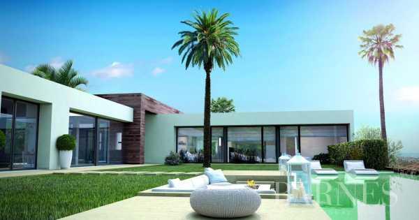 Moderne Villa Luxueuse à Los Monteros Los Monteros  -  ref 3778623 (picture 1)