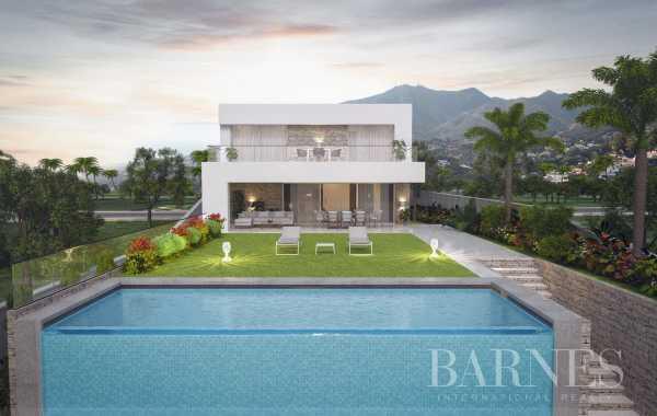 Villa en venta en La Cala de Mijas, Mijas, Málaga, España La Cala de Mijas  -  ref 3899819 (picture 2)