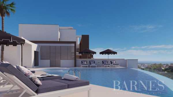 2, 3 & 4 bedroom apartments - Benahavis Benahavís  -  ref 3887449 (picture 2)