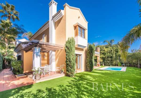 Villa Marbella  -  ref 3311964 (picture 1)
